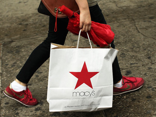 Macy's opens on Thanksgiving for 5th year