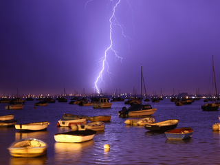 8 terrible places to be when lightning strikes