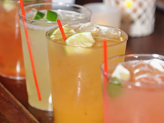 KS moves toward outdoor drinking districts