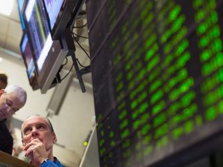 Stock market plunges, should you move your 401k?