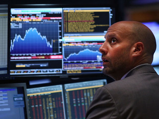 US stocks sink after China index dive