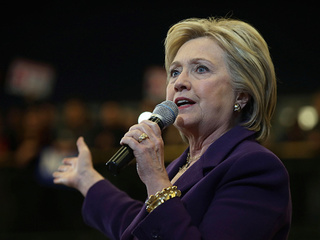 Clinton finally announced as winner in Iowa