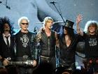 At least 30 arrested at Guns N' Roses concert