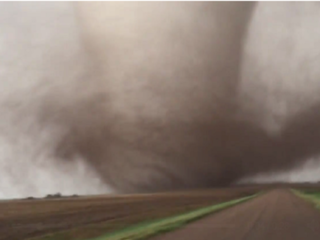 Destructive tornadoes hit Kansas, Okla.