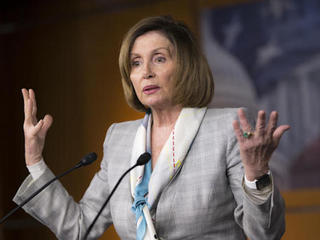 Pelosi defends DNC chief from Sanders' criticism
