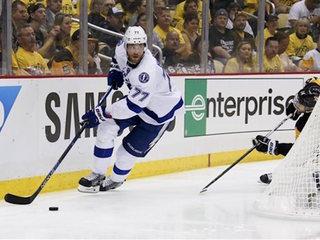 NHL teams make splash in free agency