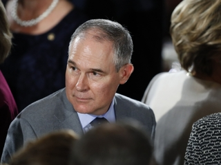Judge orders EPA head to release emails