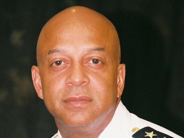 Gov suspends Georgia sheriff accused of exposing himself