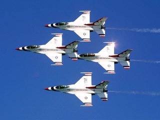 Report: Military jet crashes at Dayton Air Show