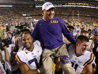 Report: KU finalizing deal to hire Les Miles