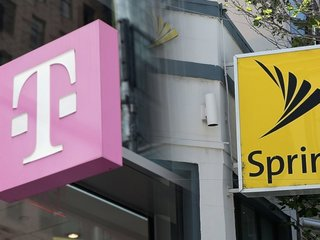 FCC review of Sprint/T-Mobile merger on hold
