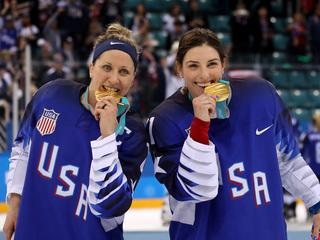 US women's hockey beats Canada, wins gold
