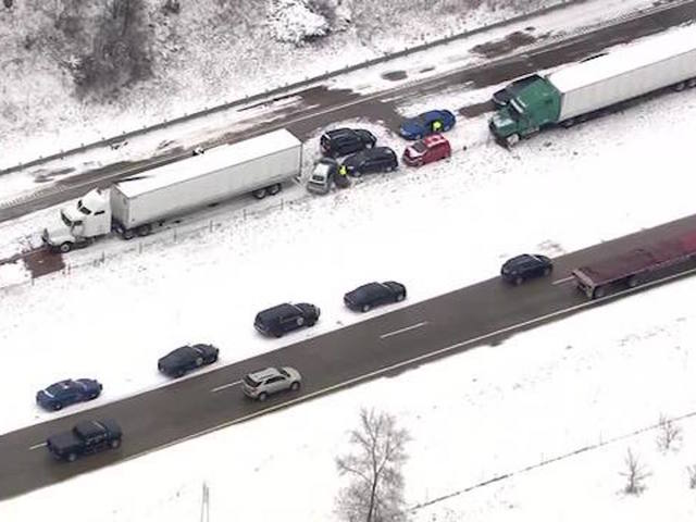 60 vehicle pile up shuts down portion of I-94
