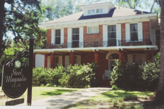 Stay in the 'Steel Magnolias' house