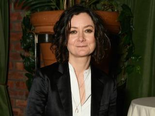 Sara Gilbert addresses 'Roseanne' cancellation
