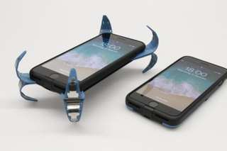 Student invents airbag for your phone