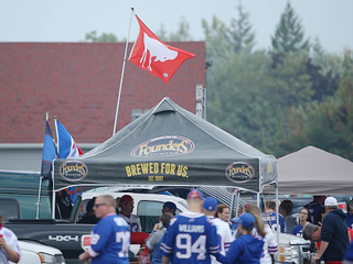 Bills fans won't stop table-slamming